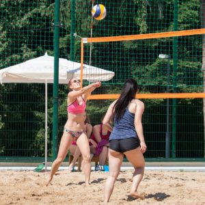 The 5 best ways to find a beach volleyball playing partner
