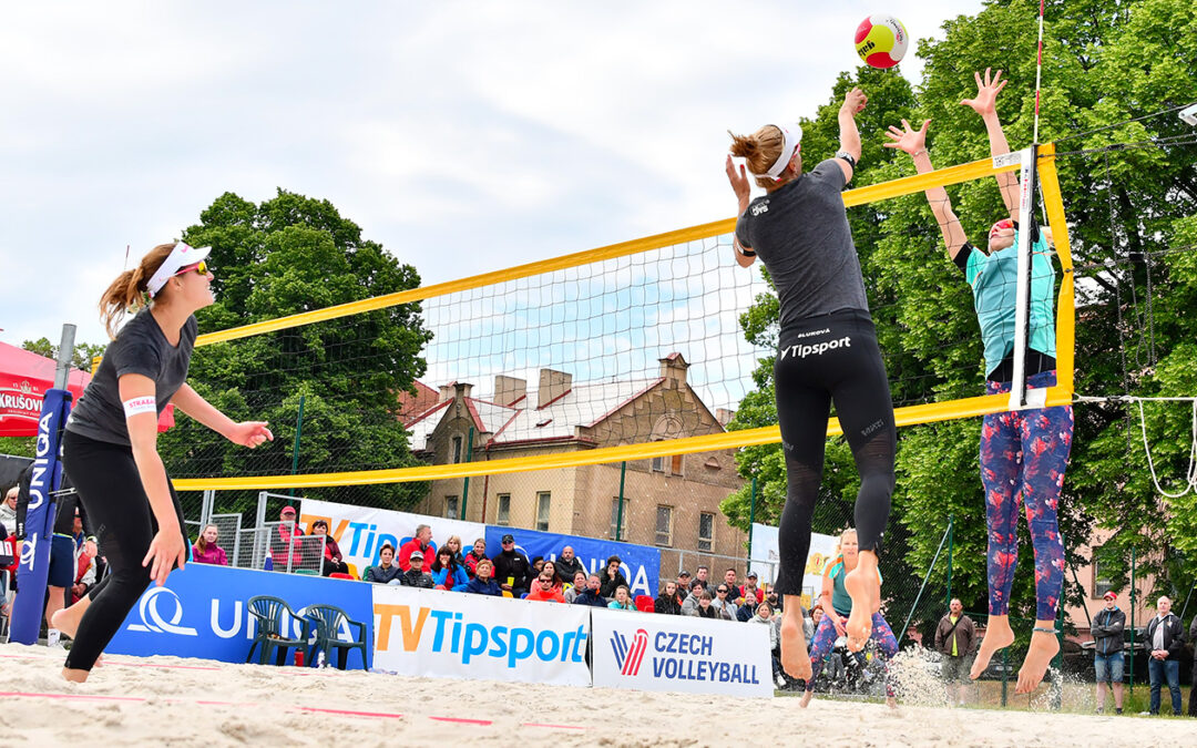 Professional beach volleyball resuming in Europe